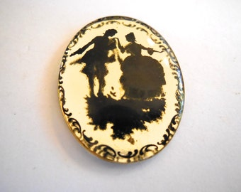 VIntage glass cameo (1) mirrored cameo courting couple man woman Victorian elegant Wedding Bridal painted gold fatback oval 30 x 40mm (1)