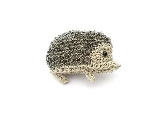 Hedgehog brooch - crochet silver and black coloured wire, handmade animal brooch, hedgehog jewelry, forest animals, cute crochet, gift idea