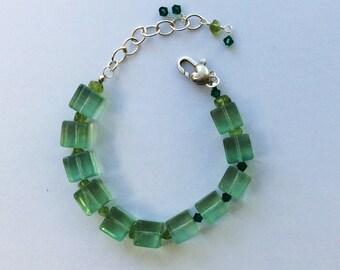 Translucent serpentine bracelet