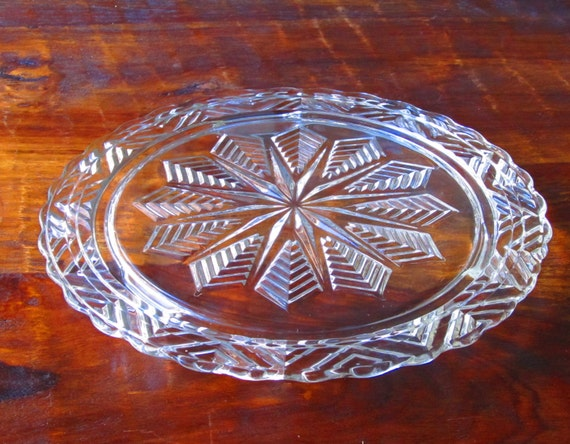 Cake Plate Pressed Glass Snowflake Pattern Star Pattern