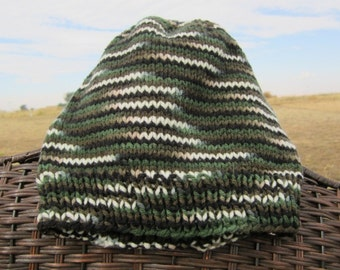 Green Camo knitted hat