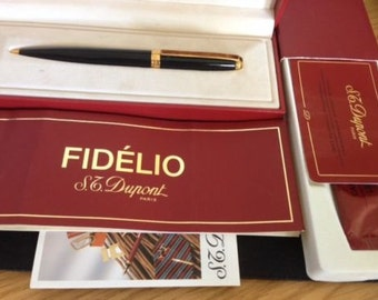 A Beautiful ST Dupont Fidelio Ballpoint Pen with its original box and a spare cartridge