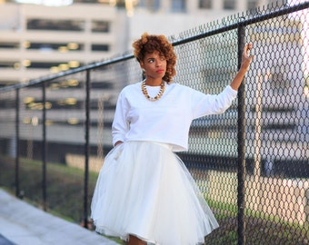 """The """"Tullie"""" in Ivory- Our exclusive tulle skirt with pockets! Black Friday Deal!"""