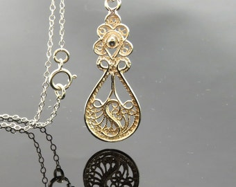 Yemenite filigree silver necklace , filigree pendant , Yemenite jewelry , ethnic jewelry , new age jewelry , Moroccan jewelry