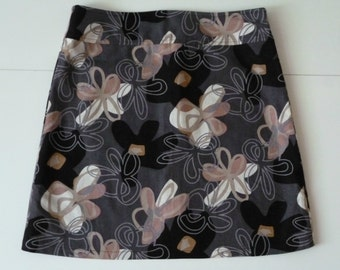 Linen flower print skirt, A-line skirt, size EU44 (USA 14 - UK 16), lining, zipper