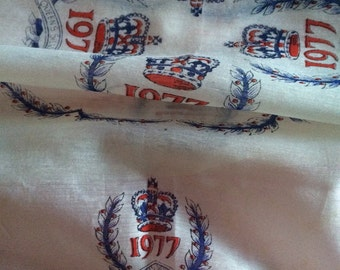 REDUCED   Queens silver jubilee scarf 1977