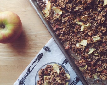Vegan Apple Pie Granola, 1lb