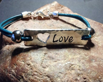 BLOW OUT PRICE!  Leather Love Bracelet!