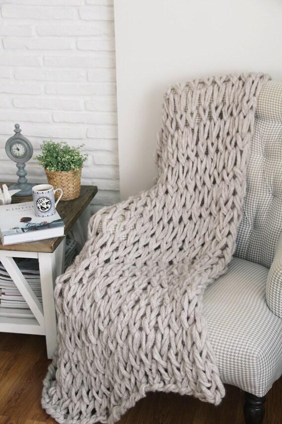 grob gestrickte decke chunky knit werfen runde decke hand. Black Bedroom Furniture Sets. Home Design Ideas