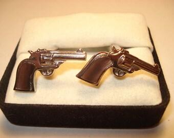 571--Gun pistol silver tone cufflinks set of 2