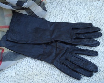 Vintage 1970's  Black Ladies  Leather Gloves Size 7 Made in France