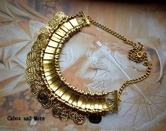 Necklace statement chain coin blogger Cleopatra style