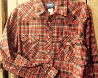 MEN'S WRANGLER SHIRT - Western style red plaid - size L