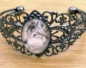 Cry Wolf - Victorian Style Bracelet