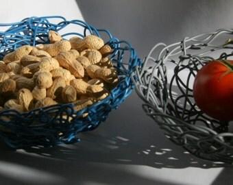design wire-wove bowl handmade by freigeist