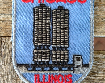 Chicago Illinois Vintage Souvenir Travel Patch from Voyager