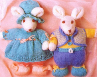 the snowmans snow dog toy dk knitting pattern by Heritageknitting1