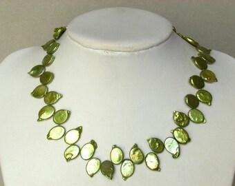 Necklace Biwa Green Pearls 16mm Ovals NHBN0644