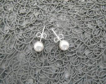 "Earrings ""Aimée"" handmade with 6 mm Swarovski pearly beads."