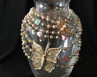 Vintage Jewelry Art Vase                                                         VGO906