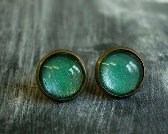 Shiny Green Stud Earings, Brass Earings, Brass Earrings, Glass Earrings, Shiny Earrings, Glass Dome Earrings, Post Earings,