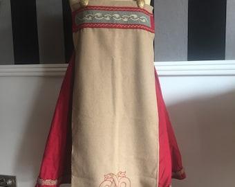 Historic viking embroidered beige sur-tablier