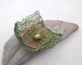 Green Gold Knitted Wire Brooch