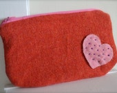 Heart Pouch, Wool Pouch, Red Wool Pouch, Zippered Pouch, Pouch, Pouches, Pencil Case, Zipper Case, Case, Red Case,Red Pouch, Appliquéd Pouch