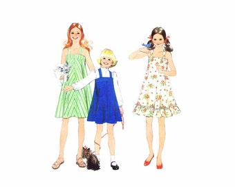 1970s Girls Dress or Jumper Simplicity 8369 Vintage Sewing Pattern Size 10 Breast 28 1/2