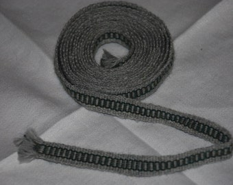 "Handwoven Inkle Trim Belt Garters green chain gray grey wool  1/2"" wide 2.50 yds long. SCA Civil War 18th century medieval"