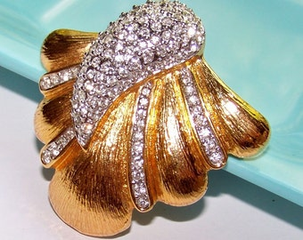 SJK VINTAGE -- Butler Signed Abstract Rhinestone and Gold Tone Brooch (1980's)