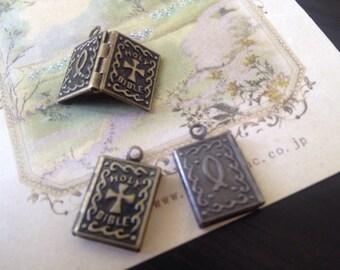 Mini Book LOCKET 14x10 mm  - Code 154.633