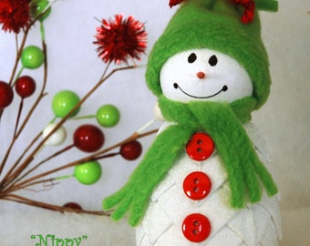 "Nippy"" Quilted Fabric Snowman Ornament Kit and Pattern"