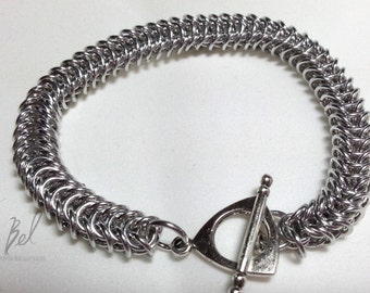 Box Chainmaille Bracelet in Bright Aluminum