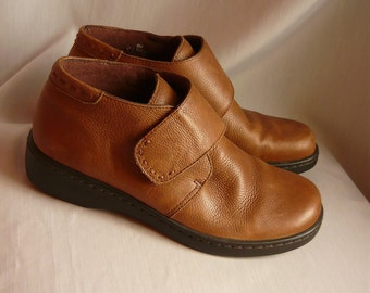 Vintage NATURALIZER Ankle Boots 8 Eur 38.5 UK 5.5  Leather Oxfords WEDGE Sole Booties Brazil
