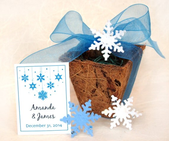 10 Winter Wedding Favors Snowflakes Seed Paper Planting Kit - Corporate Christmas Gift - Holiday Party Favors - Blue Plantable Snowflakes
