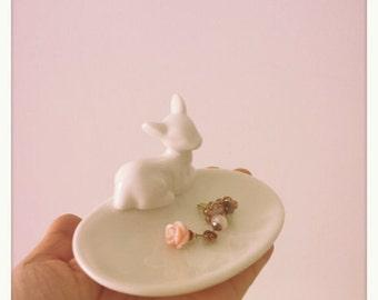 Ceramic deer jewellery or soap dish