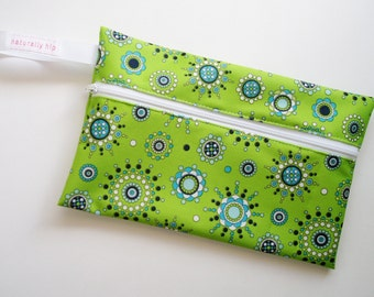 "9"" x 5.75"" Wet Bag Pouch - Green & Blue Circles Bursts PUL - Water Resistant Zipper Pouch for Pad Storage"