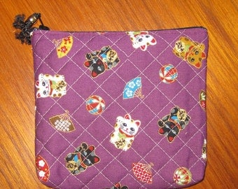 Quilted Travel Earring Cosmetic Pouch Maneki Neko Design Japanese Asian Fabric Mulberry