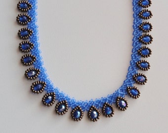 Handmade blue sapphire dressy teardrop beaded choker necklace