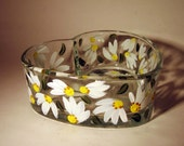 Hand Painted Daisy Heart Shaped Trinket or Candy Dish