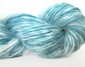 Handspun Yarn – Hand Dyed Wensleydale Wool – DK Weight Singles Yarn – Light Blue – 154 Yards