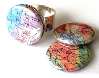 Map Ring, Silver Hammered Jewelry for Traveler Adjustable to Fit All, 3 Rings in 1, Magnetic Ring with interchangeable Map Lids by Polarity