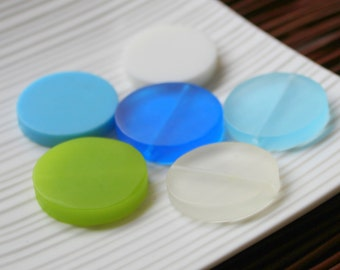 Blue Green Collection - Resin Coin Beads x 6, Blue, Green, Turquoise, White
