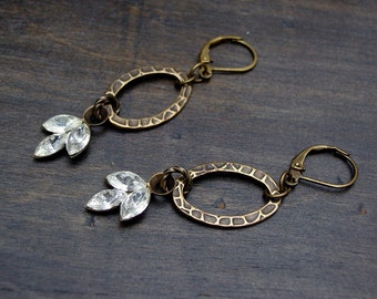 Rhinestones trio and textured link / antique brass earrings