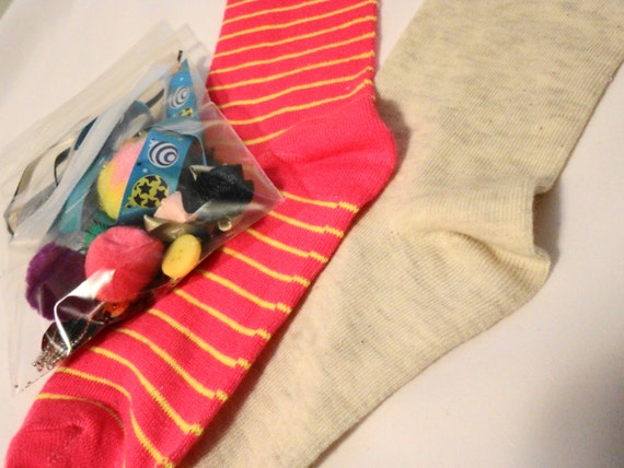 how to make sock puppets without sewing