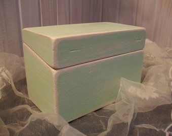 Mint Green Recipe Box ~~ Cottage Decor ~~ Simple and so Lovely