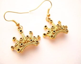 Snow White Earrings Evil Queen Crown Gold Plated