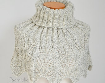 Off-white lace knitted capelet, M251