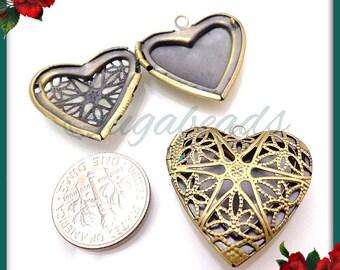 2 Filigree Heart Lockets, Brass over Copper Heart Lockets, Heart Pendants, 26mm PB22